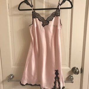 Victoria secret chemise